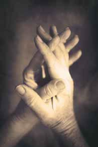 mains-jointes